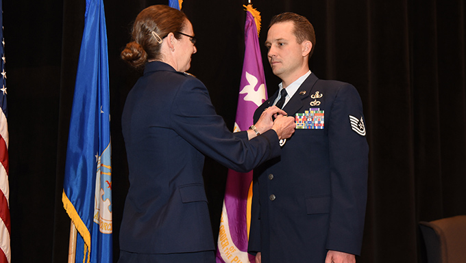 Airman gets award